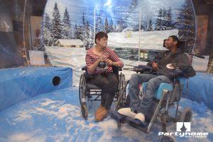 rolstoel snowglobe